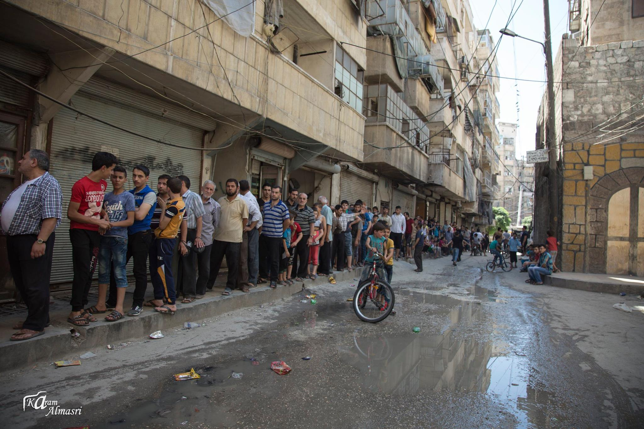 Queuing for Bread aleppo
